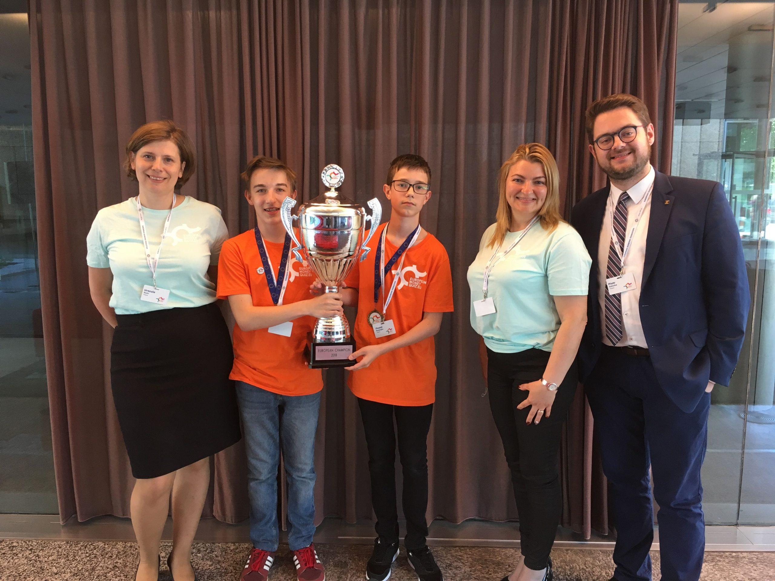 Młodzi Polacy zwycięzcami Europejskiego Quizu Finansowego